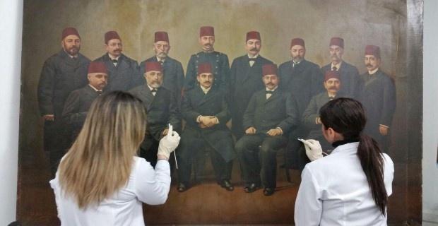 Tarihi tablolar restore ediliyor!