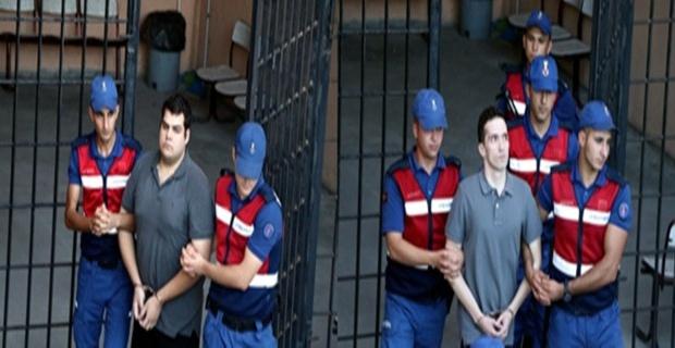 Tutuklu askerler serbest!