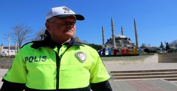 Trafik polislerine yeni kıyafet!