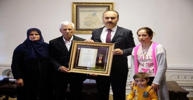 Devlet övünç madalyası verildi!