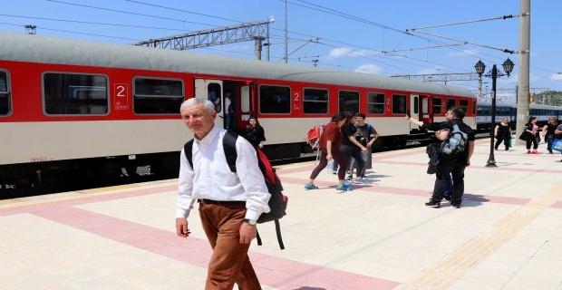 Filibe'den kalkan tren Edirne garına ulaştı.