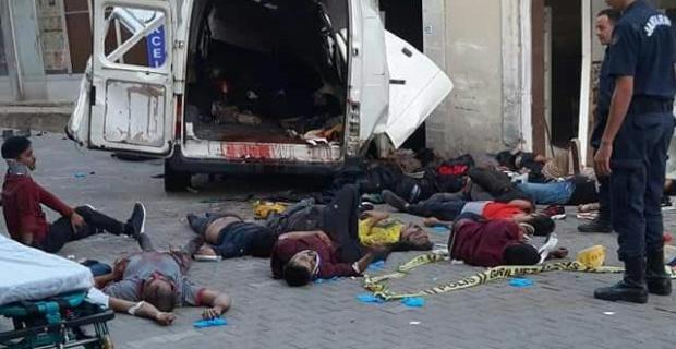 Mülteci dolu minibüste 10  kişi öldü!