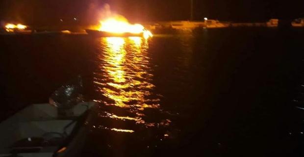 Tekneler yandı!