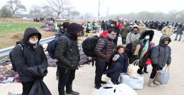 Sığınmacılar sınırdan ayrıldı!