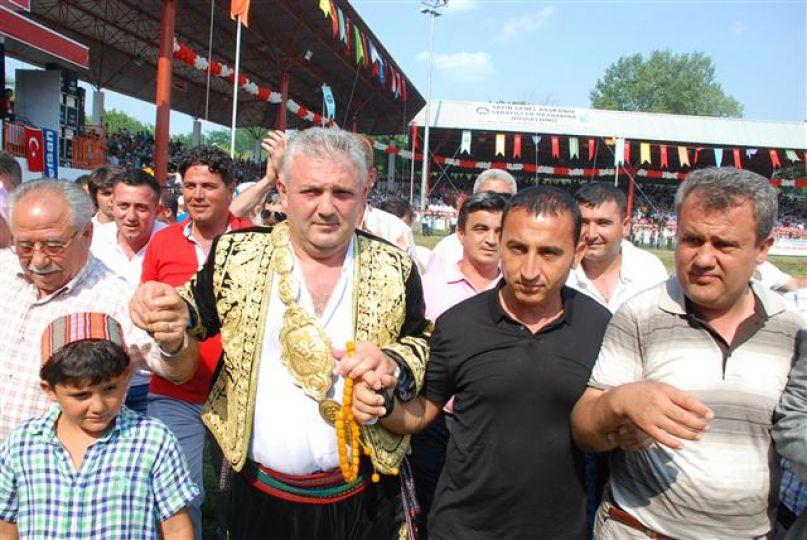 Ağalık 200 bin TL ye iş adamı Selim'in