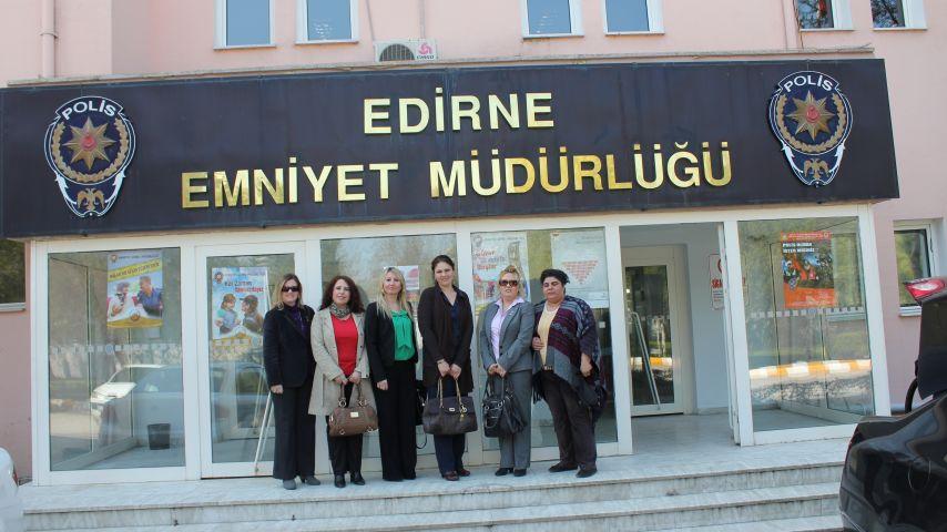 AK Parti Kadın Kolları üyeleri, Edirne Emniyet Müdürü Ceylan'ı ziyaret etti