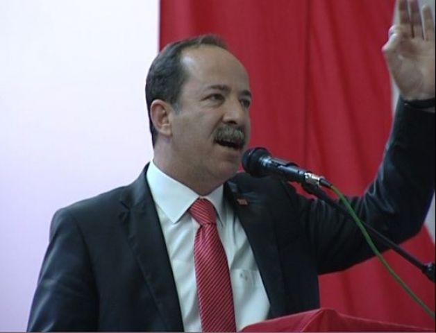 """CHP li Gürkan """"Müezzinoğlu aynaya baksın"""""""