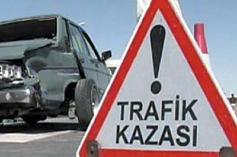 Devrilen otomobilde 3 kişi yaralandı!