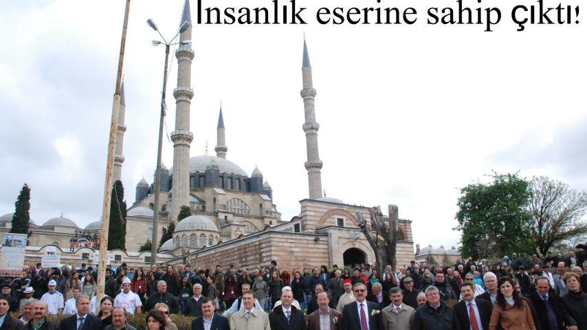 İnsanlık Selimiye içi el eleydi!