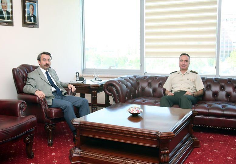 Jandarma Komutanı Albay Kömürcü TÜ Rektörü Yörük'ü ziyaret etti.