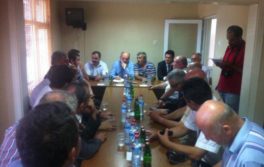 Milletvekili Müezzinoğlu, esnafla buluştu