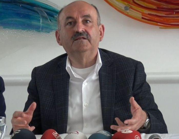 """Müezzinoğlu """"Tabipler Birliği, hekimler memur olsun istiyor!"""""""