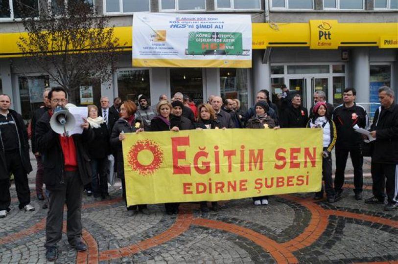 Okullardaki kıyafet serbestliğine ''eşofmanlı'' protesto