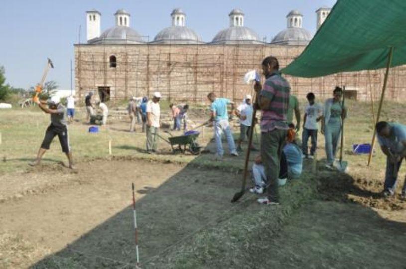 Saray kazısı çalışmaları yeniden başladı