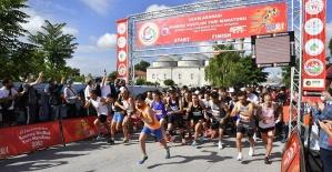 Maraton'un galibi Mestan Turan oldu!