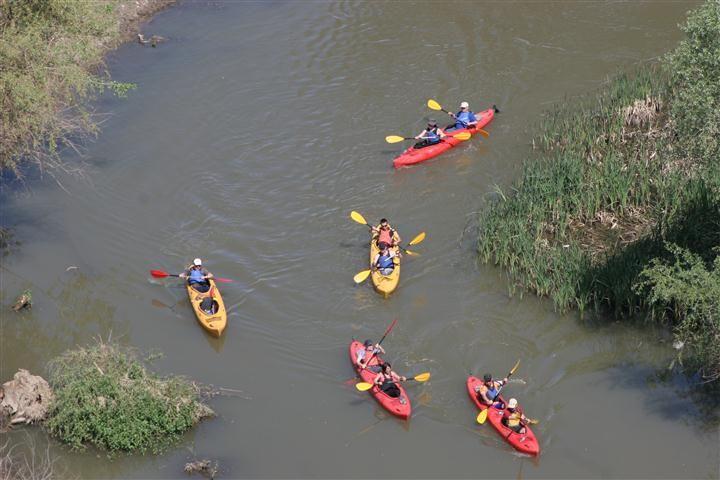 Tunca Nehri'nde ilk kez kanoyla gezdiler