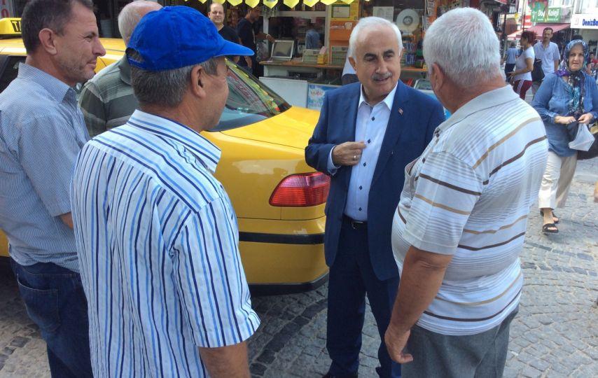 Vali Şahin taksicilerle sohbet etti!