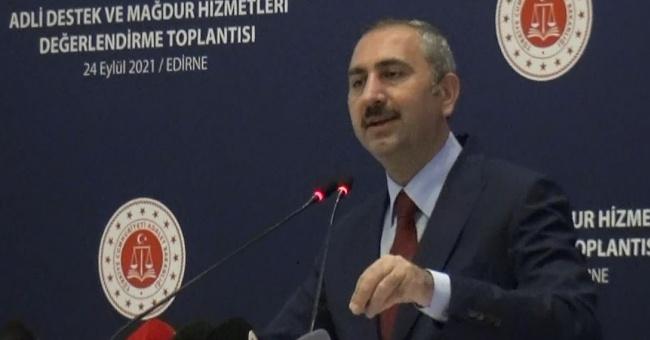 """Adalet Bakanı Gül"""" çocuğun bir eşya gibi icraya konu olması kabul edilemez""""!"""