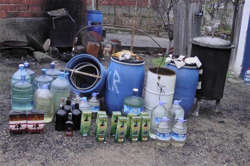 27 şişe sahte içki ele geçirildi!