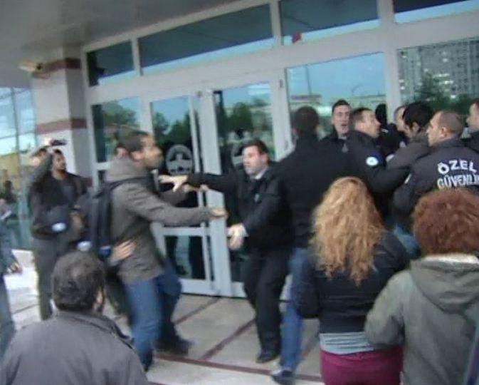 Öğrenciler protesto etti!