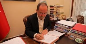 """Gürkan """" Gürkan, İklim ve Enerji için Avrupa Belediye Başkanları Sözleşmesi'ni imzaladı!"""""""