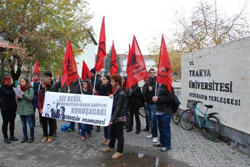 Öğrencilerden protesto!